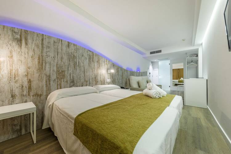 Junior suite hotel triton beach - adults only cala ratjada