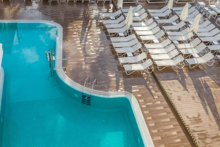 Piscina hotel triton beach - adults only cala ratjada